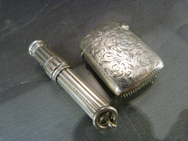 Lot 14 - Collection of Hallmarked silver to include - Acanthus leaf decorated vesta case, Hallmarked bud vase