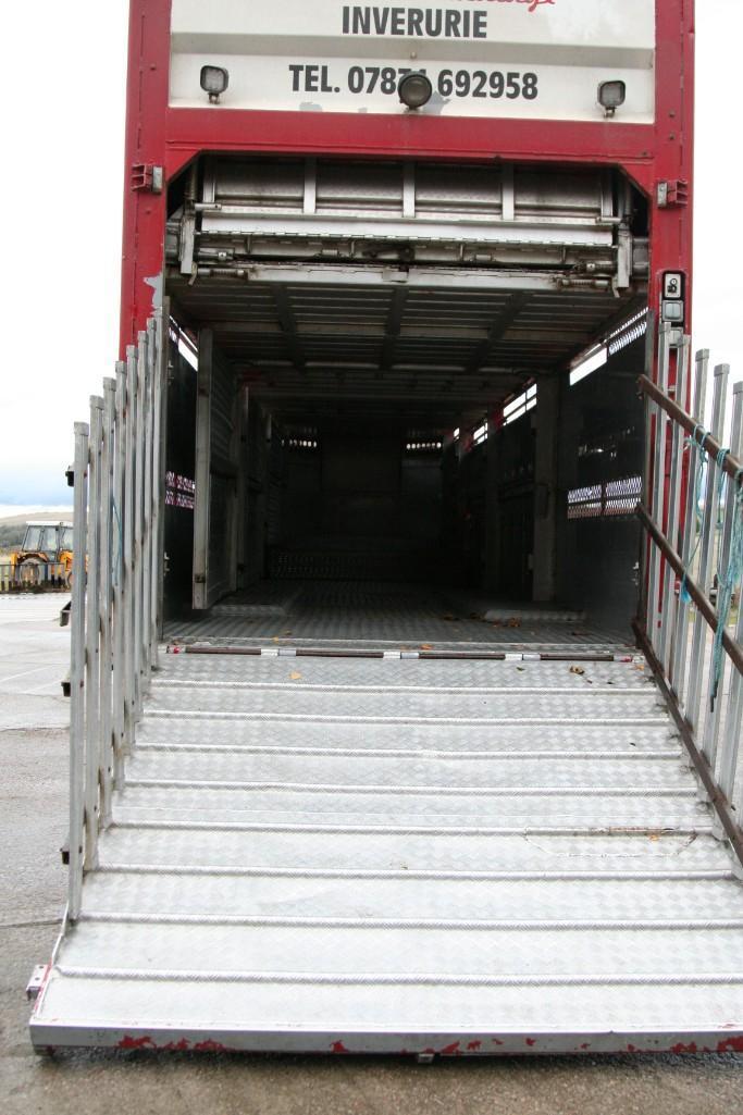 Lot 4100 - 45 FT STEWART LIVESTOCK TRAILER