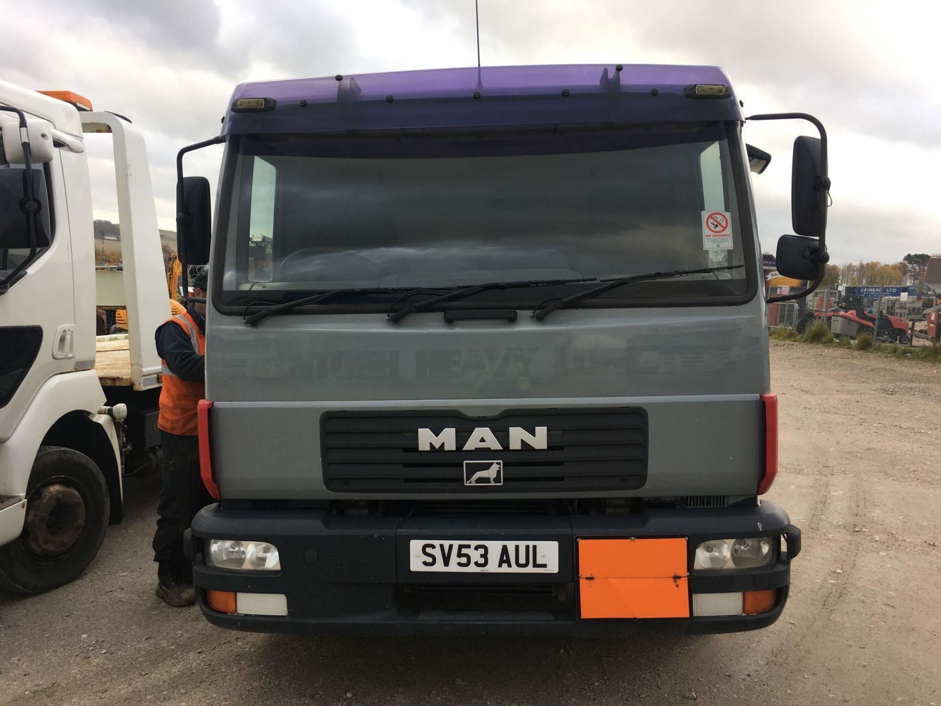 Lot 4043 - Man L 2000 8.185 Lrc Day - 4580cc 2 Door Truck