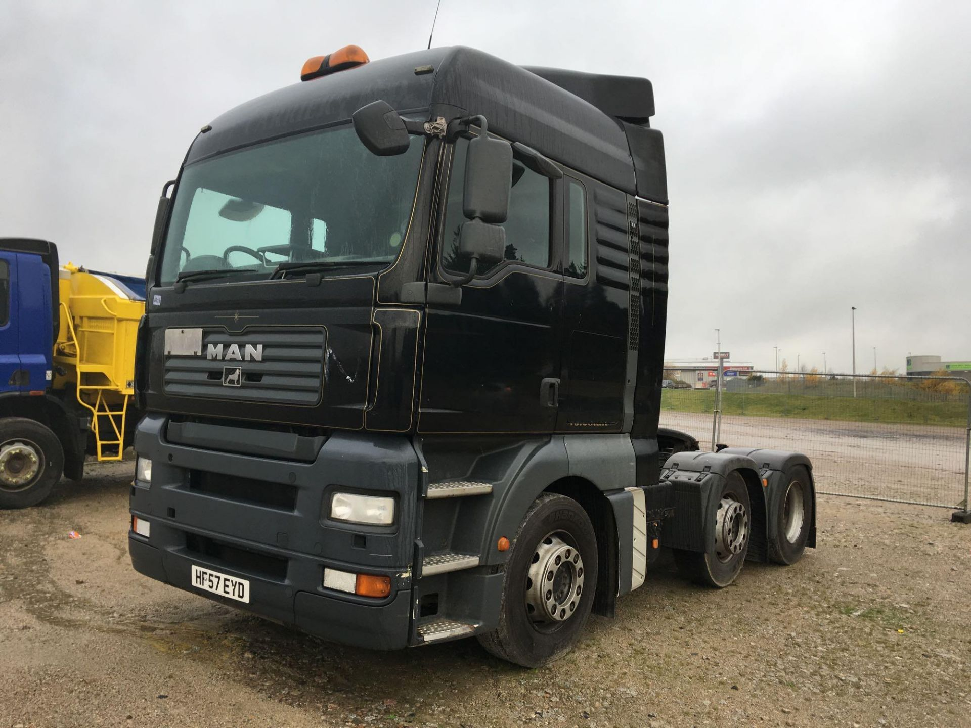 Lot 4019 - Man Unknown - 10518cc Truck