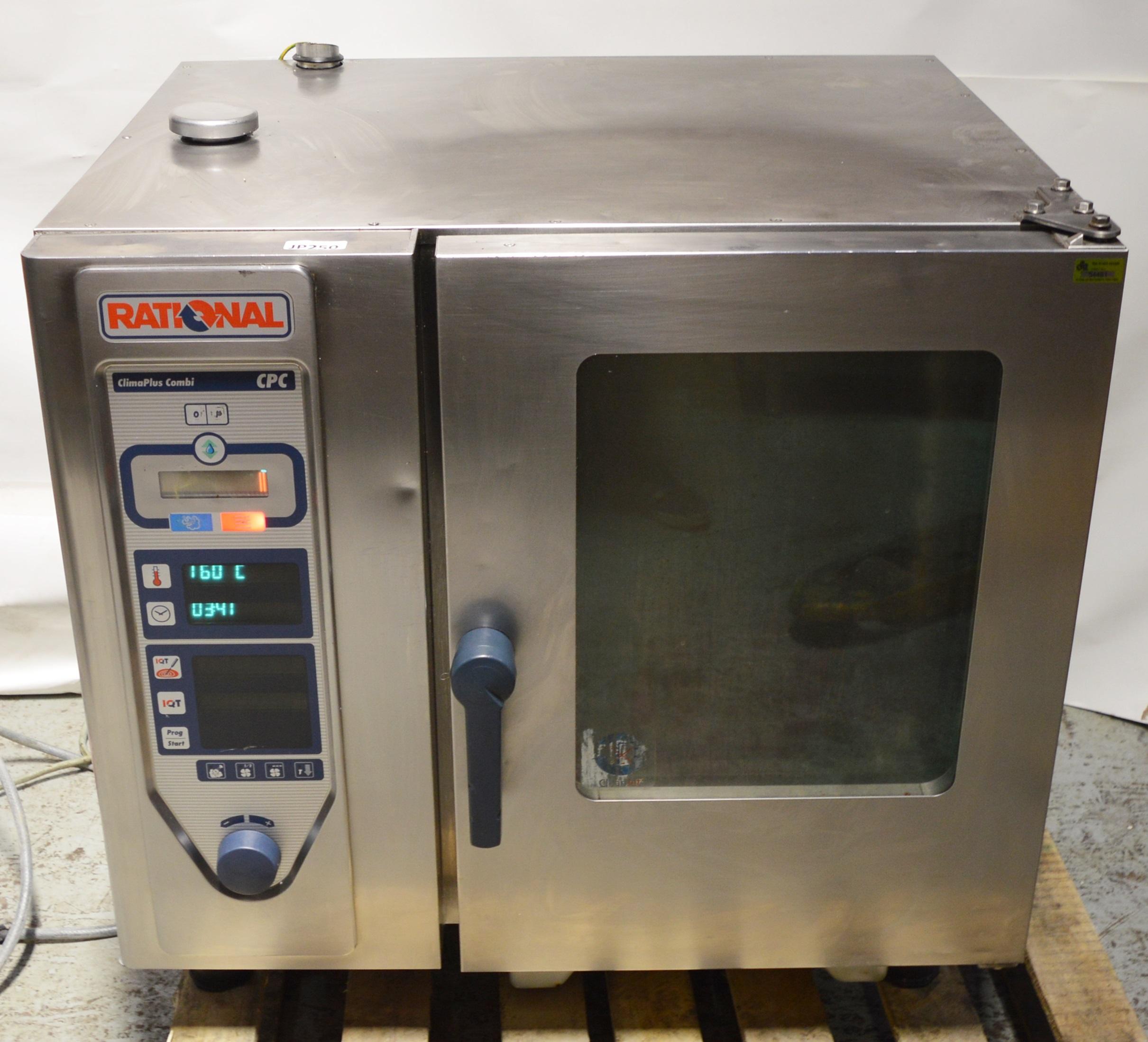 1 X Rational Climaplus Combi Cpc 6 Grid Combi Oven - Cl232 - 3 Phase - H84 X W90 X D82 Cms