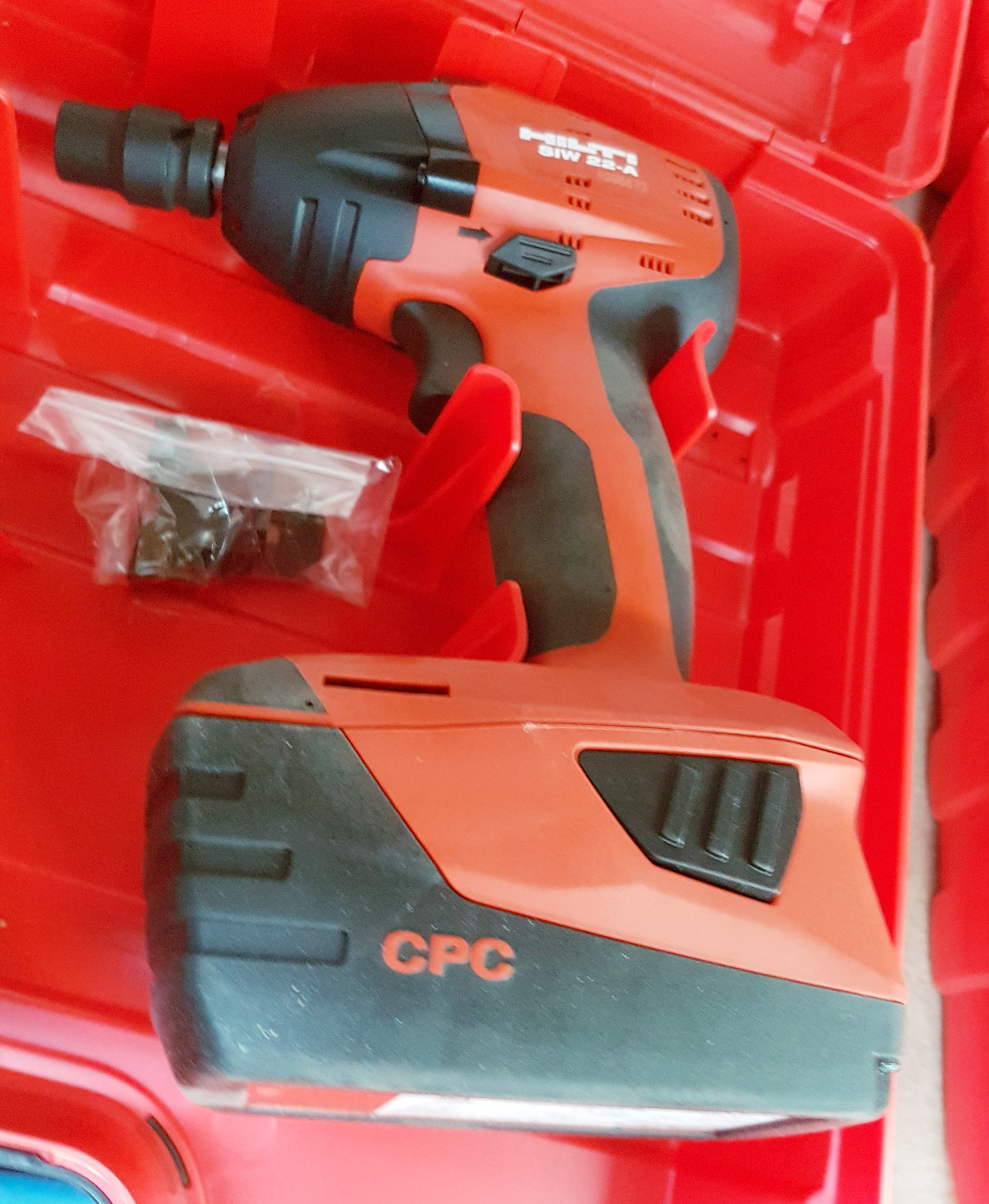 1 x hilti siw 22 a cordless impact driver with case and. Black Bedroom Furniture Sets. Home Design Ideas