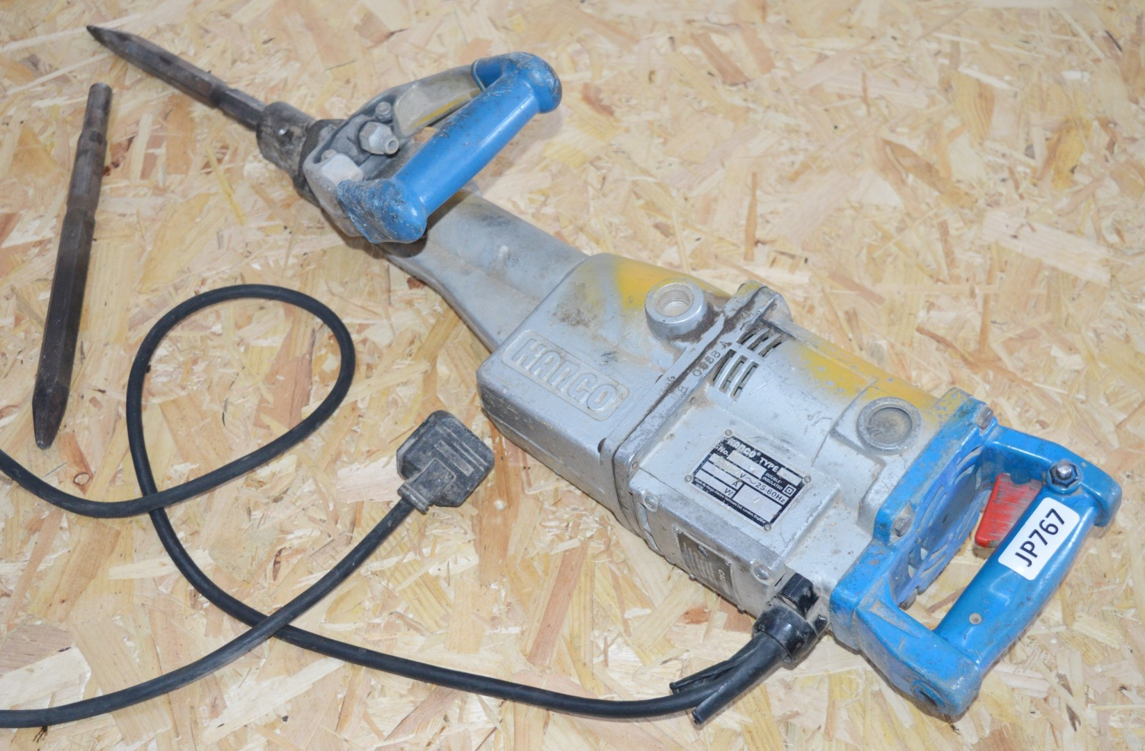 Lot 407 - 1 x Kango 950 Concrete Breaker / Hammer Drill With Two Drill Bits