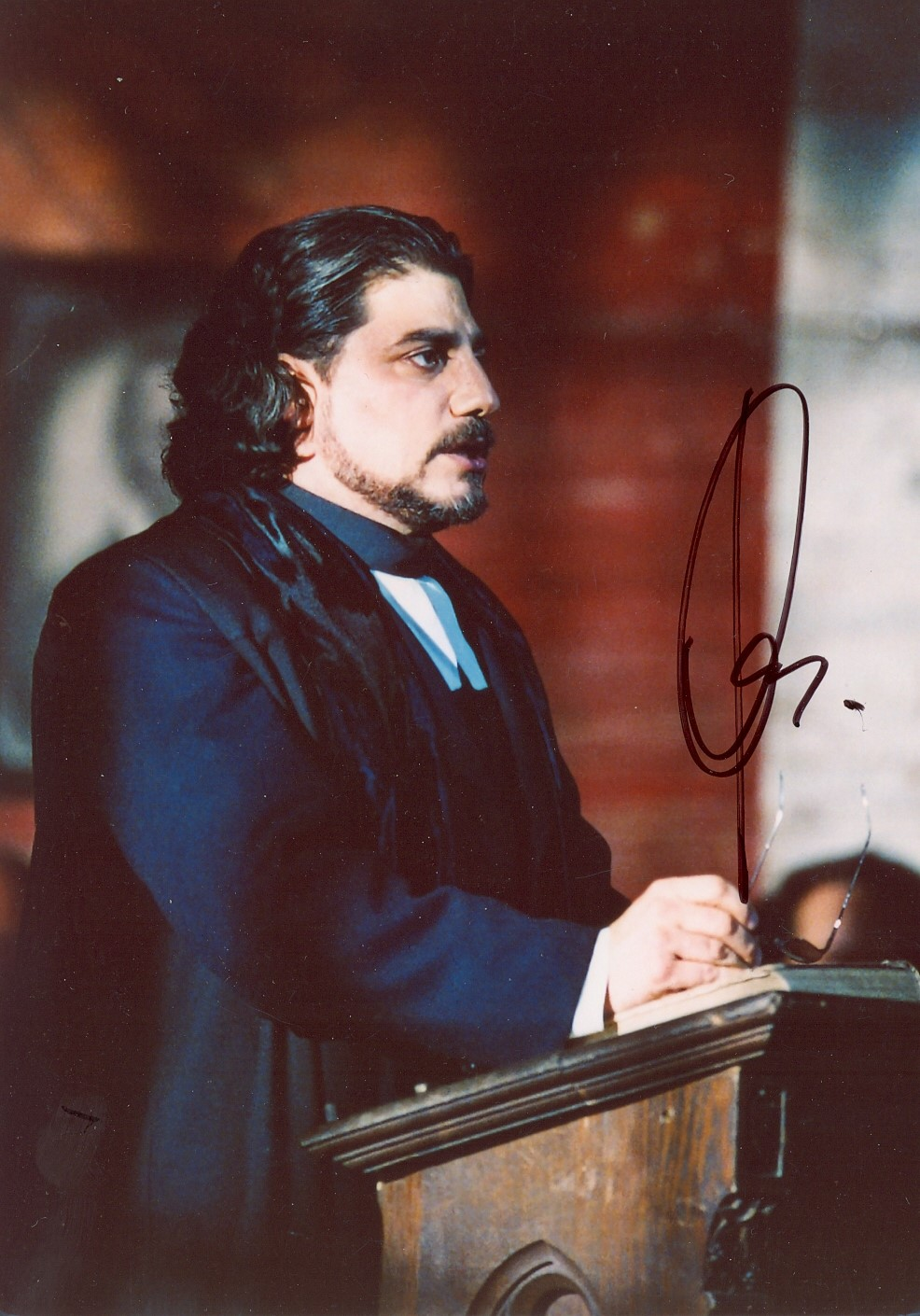Lot 199 - OPERA : A good selection of signed 5 x 7