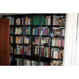 Libreria con ante scorrevoli in plexiglass cm. 230x43xh222