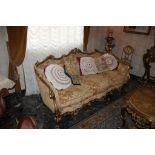 Salotto stile Luigi XV composto da due poltrone, tavolino e divano a tre posti, anni'70