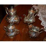 Servizio da tea e caffè in argento completo di lattiera e zuccheriera, gr. 1340