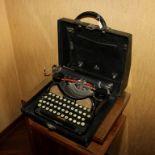 Macchina da scrivere portatile Corona, anni '20
