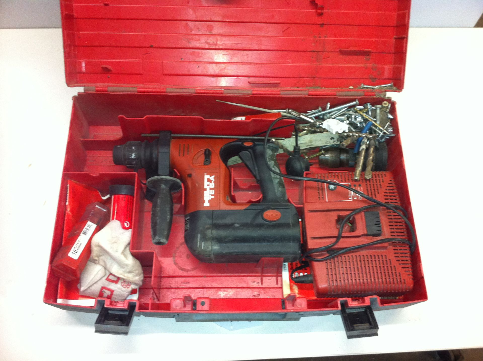 Lot 127 - Hilti Battery Operated Hammer Drill