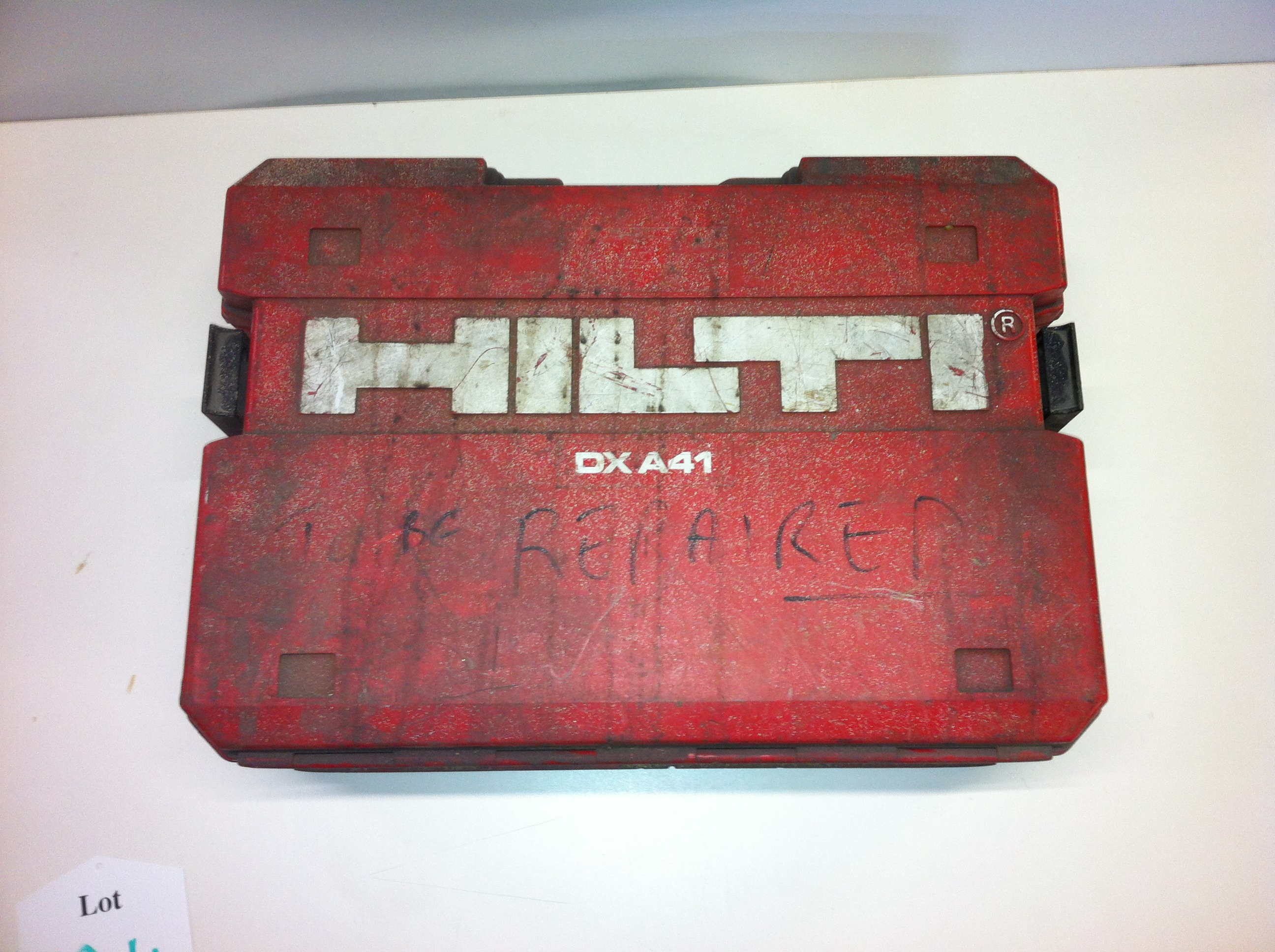 Lot 124 - Hilti Nail Gun