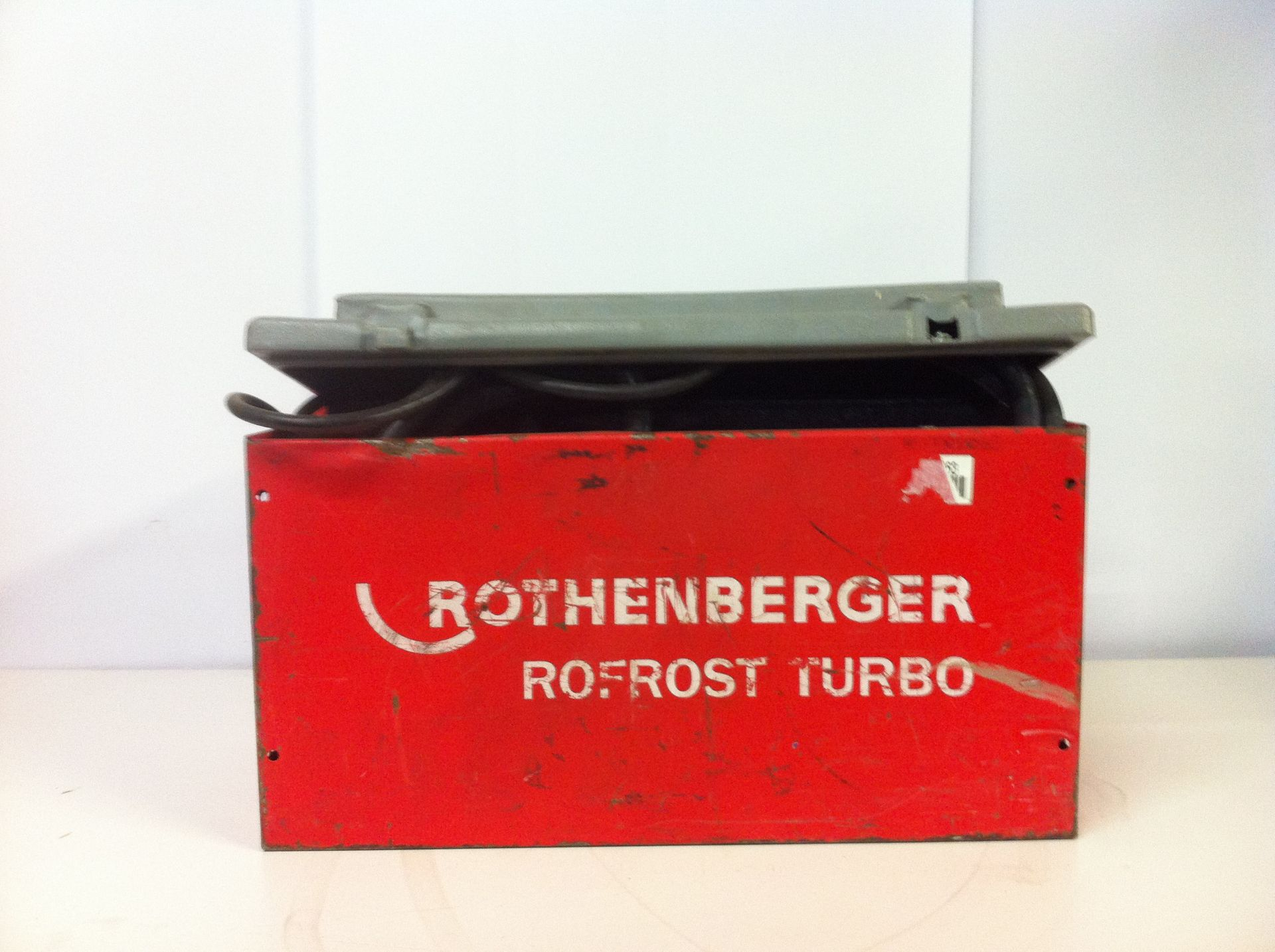 Lot 8 - Rothenberger Rofrost Turbo Electric Pipe Freezing Kit