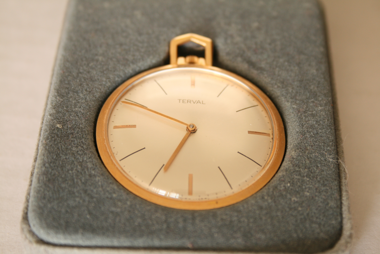 Lot 19 - Montre Gousset en or, marque TERVAL, état de fonctionnement, années 50 - Poids brut [...]