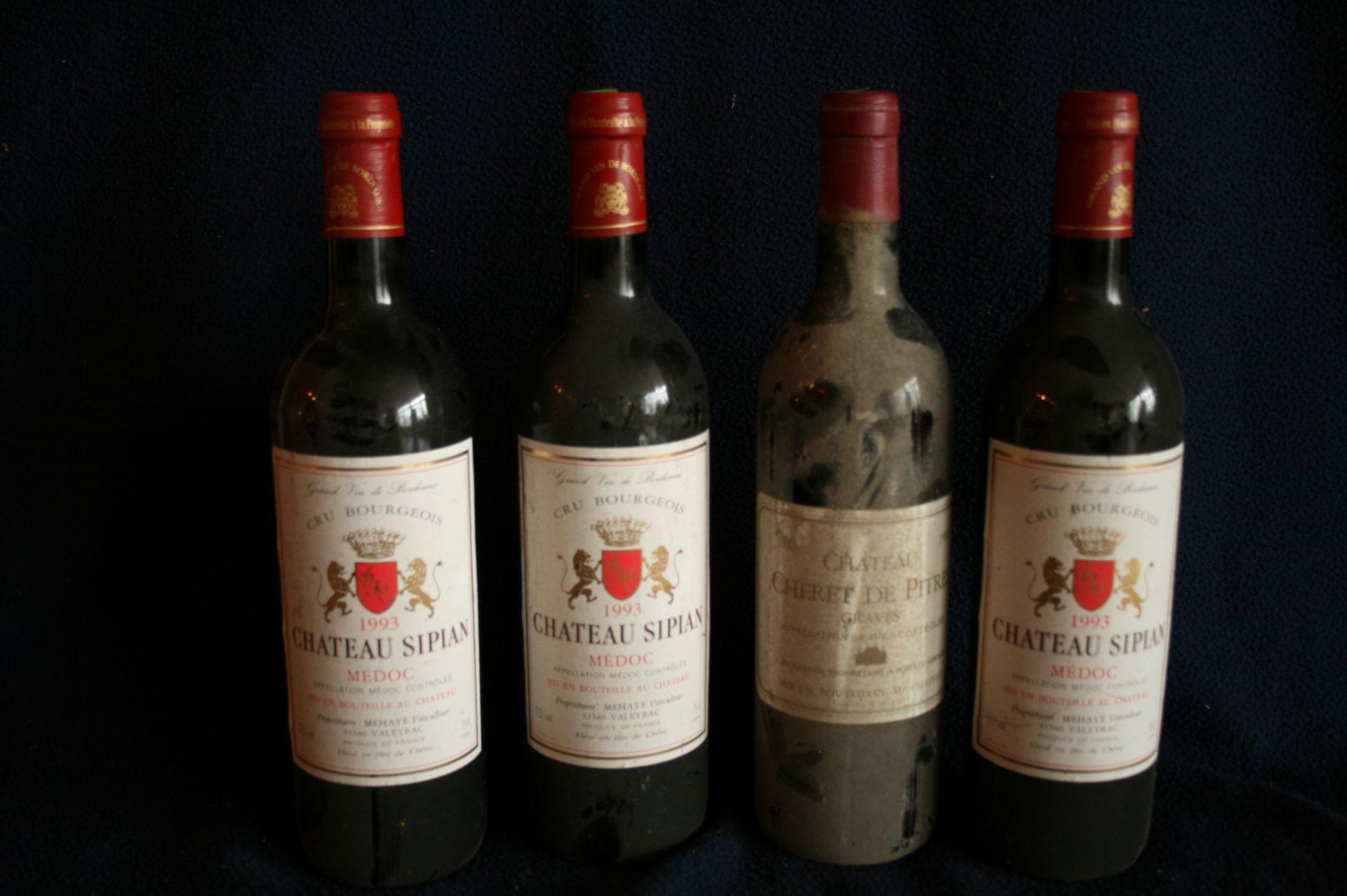 3 bouteilles de BORDEAUX, MEDOC, Château SIPIAN, rouge, 1993 + 1 bouteille de [...]