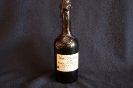Bouteille d'Armagnac de 70cl, 34o,5, Vieil Armagnac du château de Percenade - [...]