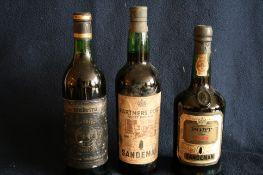 1 bouteille de PORTO Fine RUBY, Sandeman, 1972 + 1 bouteille de PORTO Finest Rich [...]
