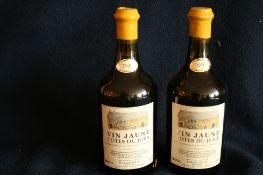 2 bouteilles de Vin Jaune, Côtes du Jura, Domaine Richard DELAY, 2004 - 2 bottles of [...]