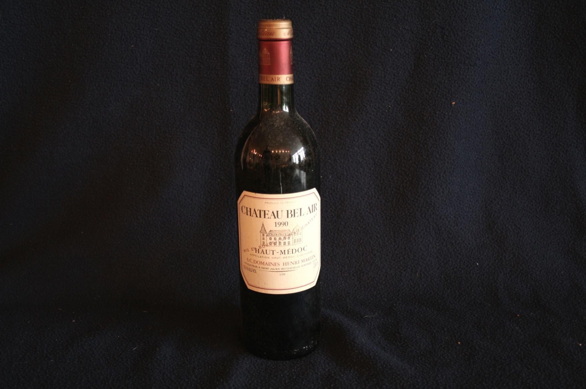 Los 48 - 1 bouteille de Bordeaux HAUT-MEDOC, rouge, château BEL AIR, 1990 - 1 bottle of [...]