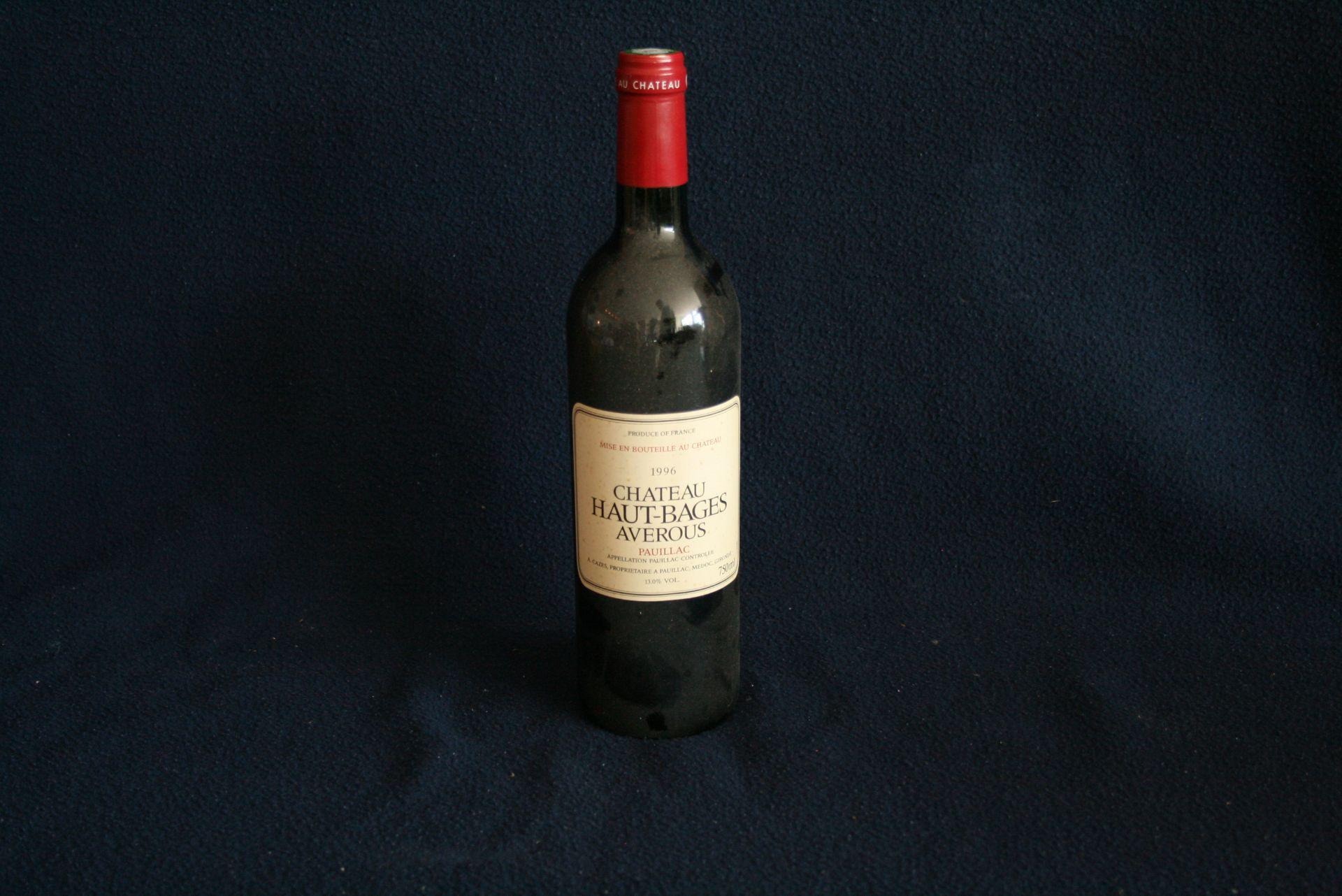 Los 57 - Bouteille Pauillac, Château HAUT-BAGES AVEROUS (Rouge) 1996, toujours conservée en [...]