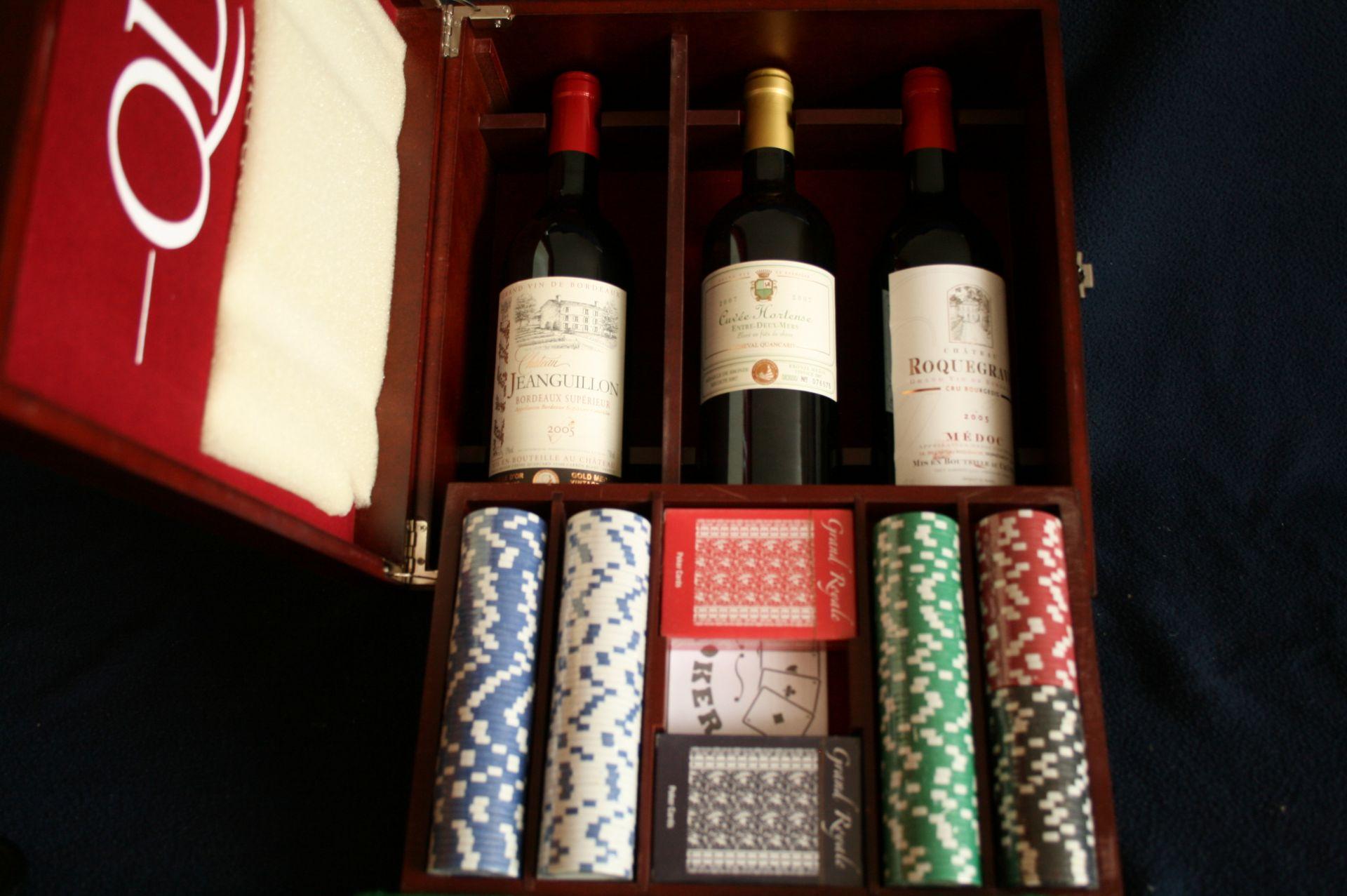 Los 49 - Coffret de poker avec cartes et jetons et 3 bouteilles de Bordeaux: Médoc Château [...]