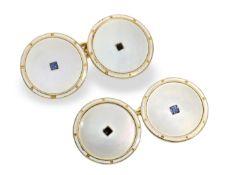 Manschettenknöpfe: feine Art déco Gold/Emaille Manschettenknöpfe mit Perlmutt und Saphiren,