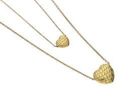 Kette/Collier: 2 goldene Herz-Kettchen Eine Kette ca. 39cm lang, ca. 2,5g, 18K Gold, dazu der kleine