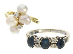Ringe: 2 vintage Damenringe 1. ca. Ø16,5mm, RG52, ca. 3,4g, 14K Weißgold, besetzt mit 3 Saphiren