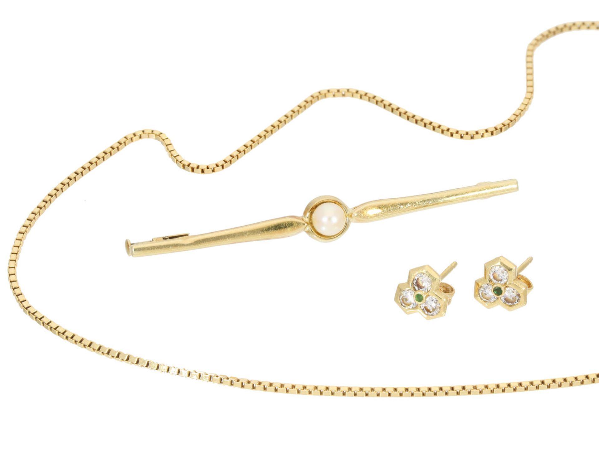 Los 6022 - Kette/Brosche/Ohrstecker: Konvolut vintage Goldschmuck 1. feine Goldkette, ca. 40cm lang, ca. 3,