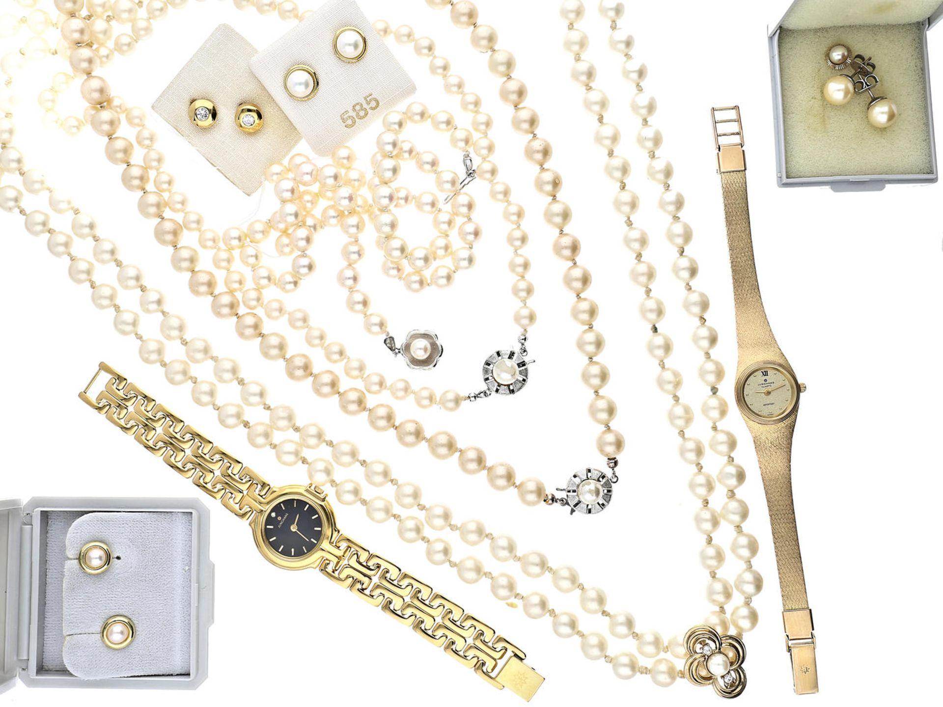 Kette/Ohrstecker/Armbanduhr: Konvolut vintage Schmuck 1. Damenuhr der Marke Junghans, ca. Ø24mm,