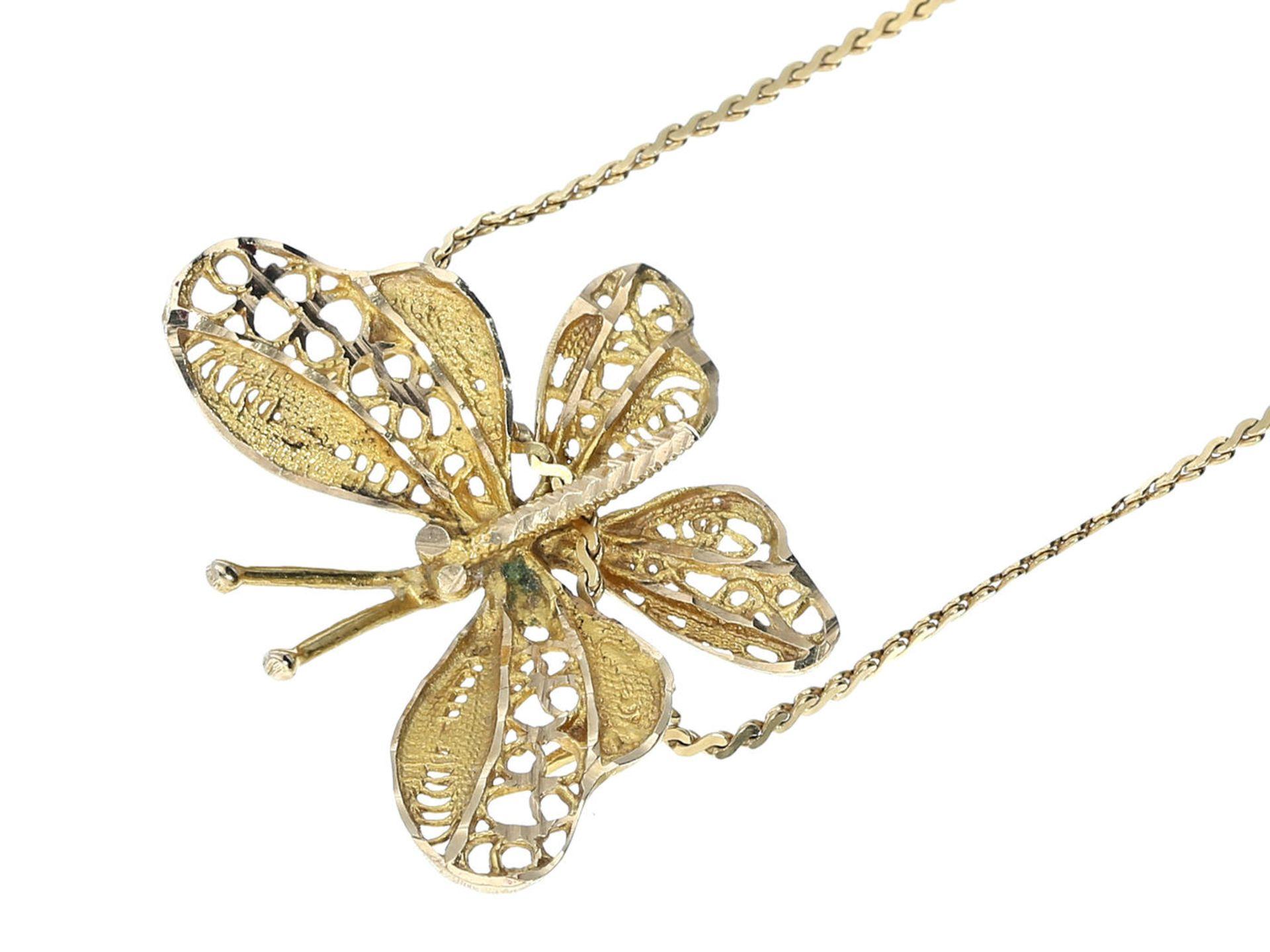 Kette/Collier: zierliche Halskette mit Schmetterlingsanhänger, 18K Gold Ca. 38cm lang, ca. 4g, 18K