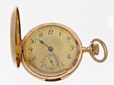 Taschenuhr: schön erhaltene, rotgoldene 18K Savonnette mit Viertelstunden-Repetition, Schweiz um