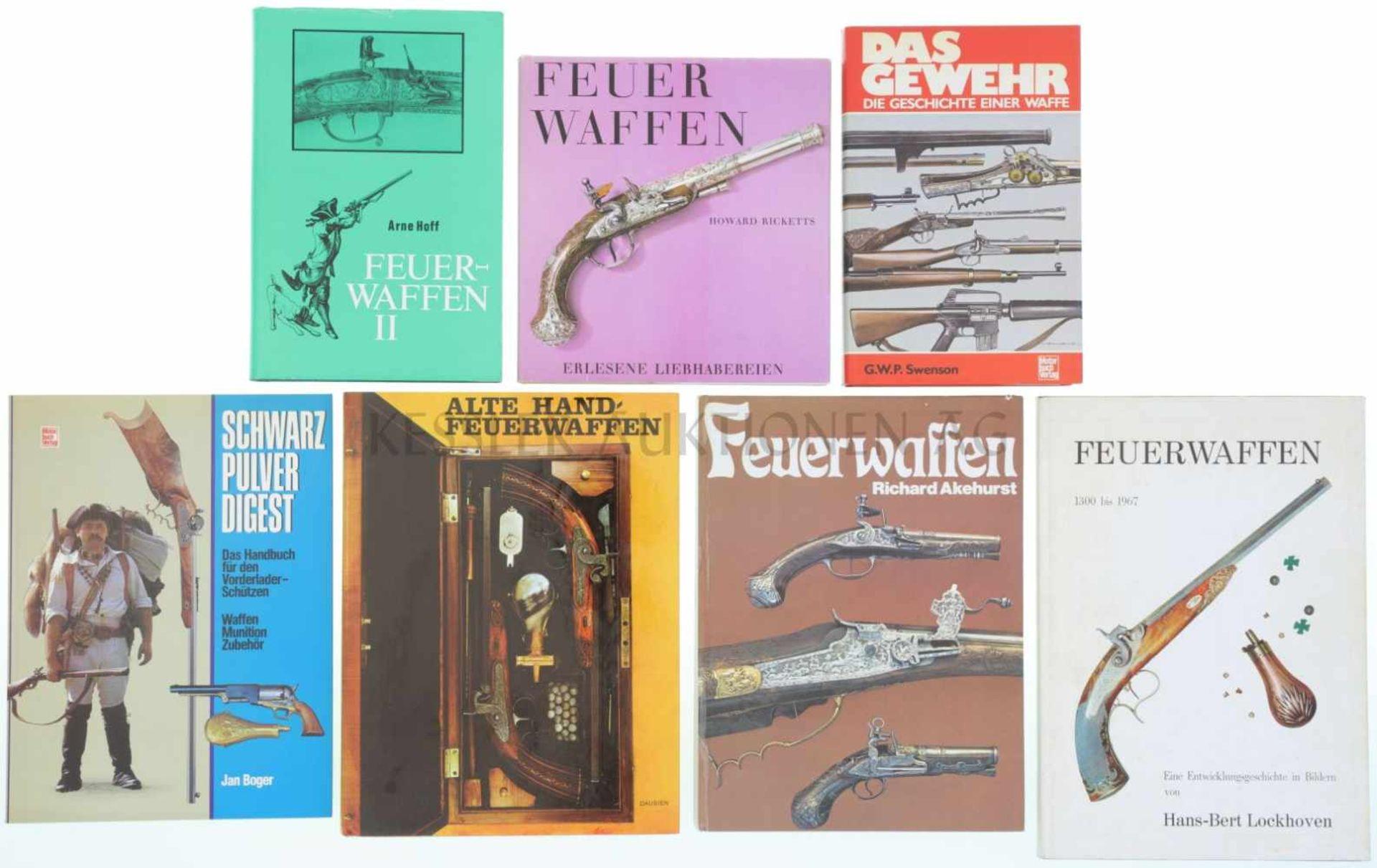 Konvolut von 7 Büchern 1. Das Gewehr, die Geschichte einer Waffe, von G.W.P. Swenson, 2. Feuerwaffen