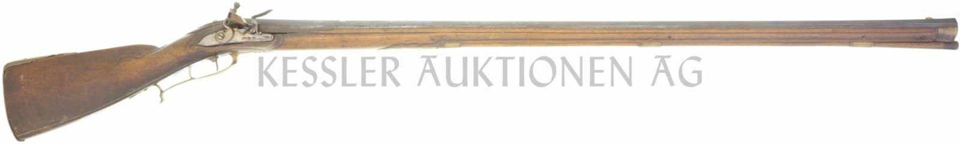 Steinschlossstutzer, kant. Ordonnanz um 1730, kal. 17,6mm LL 1120mm, TL 1490mm, schwerer gezogener