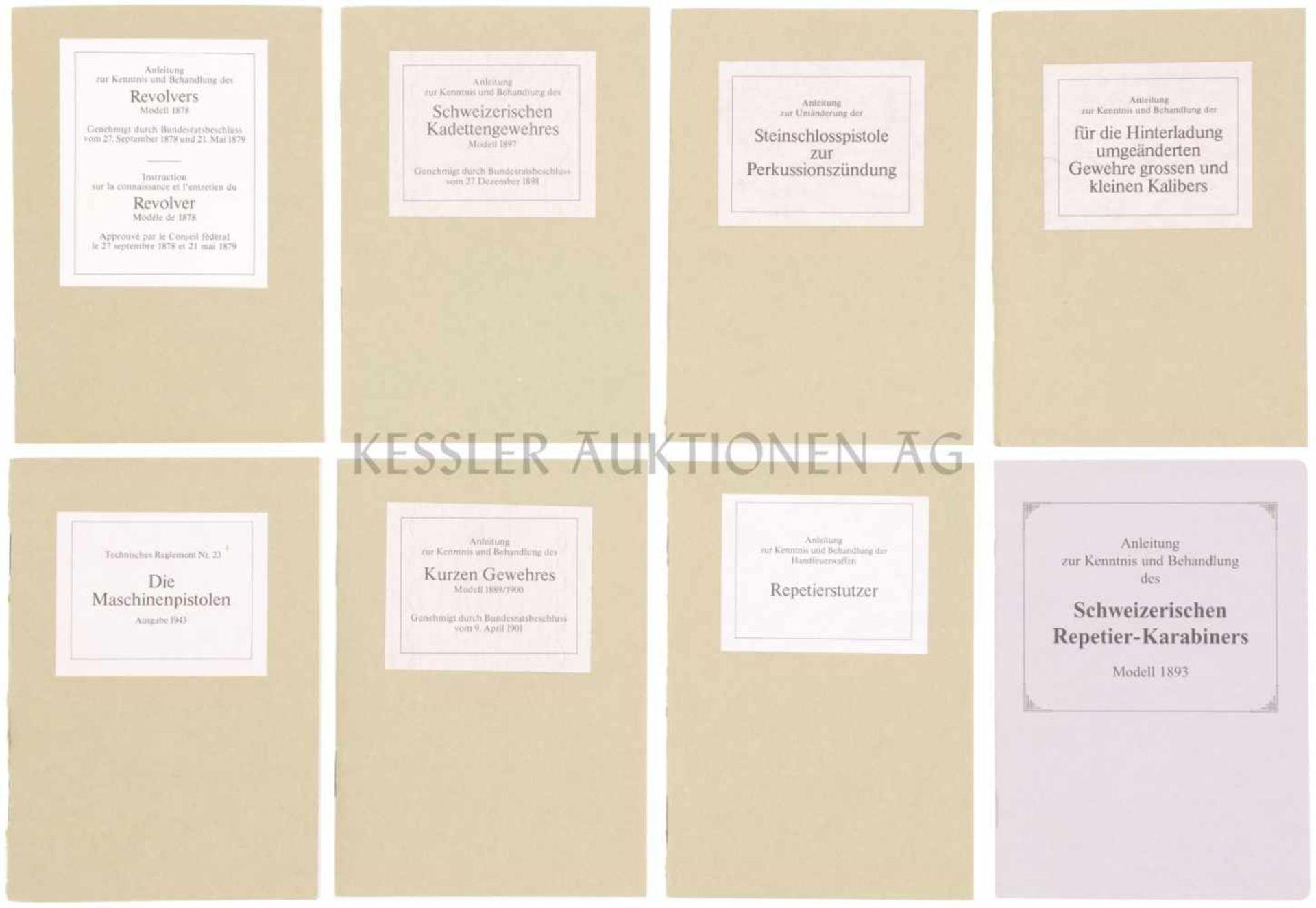 Konvolut von 8 Reglementen, Nachdrucke 1. Anleitung zur Kenntnis und Behandlung der für die