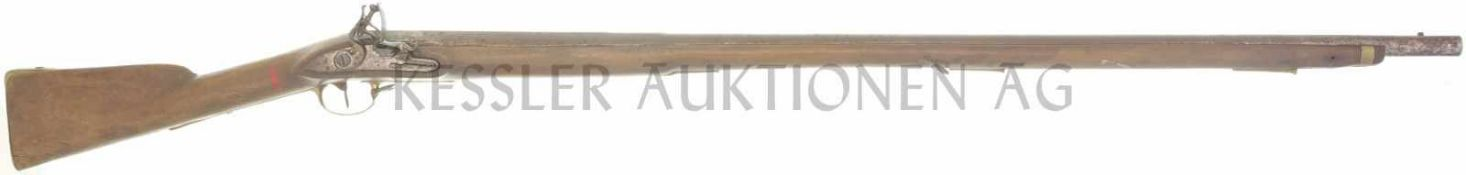 Steinschlossgewehr um 1730, kant. Ordonnanz, Kal. 17,6mm LL 1070mm, TL 1450mm, Rundlauf, hinterer