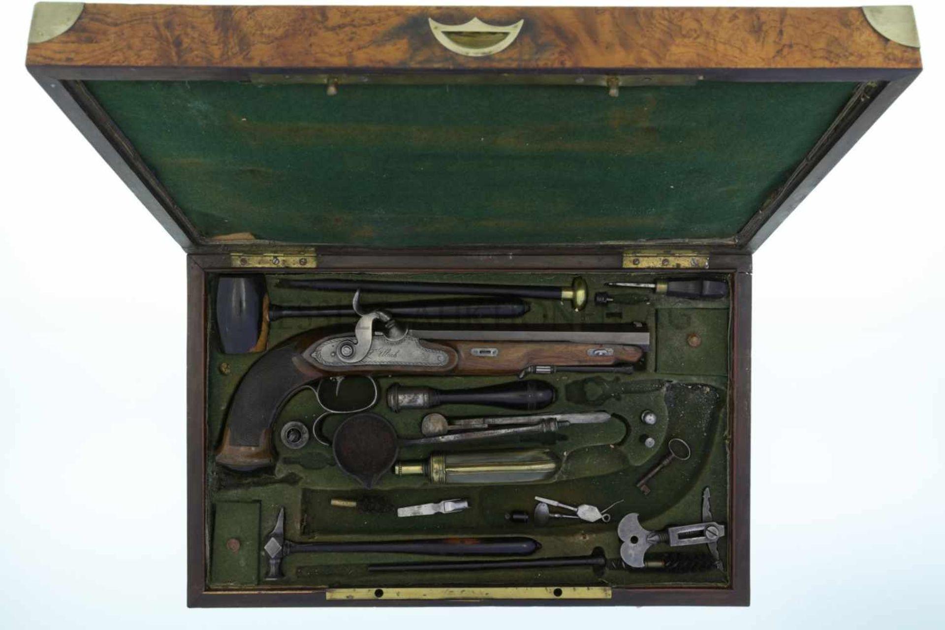 Perkussionspistole, F. Ulrich, Bern, Kal. 9.5mm LL 190mm, brünierter Achtkantlauf, Kimme auf der