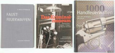 Konvolut 3 Bücher 1. Handbuch der Faustfeuerwaffen, 4. verbesserte und erweiterte Auflage, Autoren