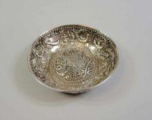 Kleine Dekorative Schale Silber 900, seitlich punziert, am Boden undeutliche Punzierung. Reich mit