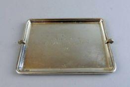 Cartier, kleines Tablett als Turnierpreis Sterling Silber, am Spiegel mit Feingehaltsstempel, Merkur