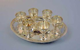 Prunkvolles Eierbecher-Set auf Tablett Silber plated, am Boden des Tabletts mit Stempeln der