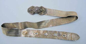 Antiker osmanischer Gürtel Silber 900, mehrmals mit Tughra-Stempel punziert, Schnalle weist zwei