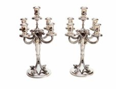 Paar 5-flammige Girandolen im Empirestil835er Silber, runder Fuß mit Palmettenrand, glatter