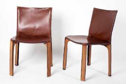Mario Bellini1935 Mailand4 Cab Stühle (412)Bruyerholz und Kernleder, Entwurf 1975; H 82 cm, B 46 cm,