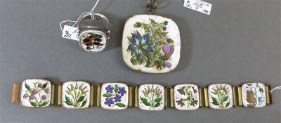 Schmuckgarnitur Fries-Arauner, Augsburg, 1 Armband, 1 Anhänger, Metall emailiert, Blumendekor,