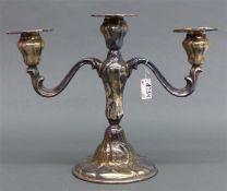 Kerzenleuchter dreiflammig, Silber, barocke Form, h 25 cm, 480 g schwer,