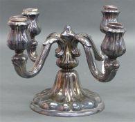 Kerzenleuchter Silber, vierflammig, Sterling, punziert, 20. Jh., Bruttogewicht 1060 g schwer, h 18,5