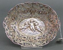 Zierschälchen 800 Silber, punziert, Putti und Blumendekor , durchbrochen gearbeitet, oval, ca. 106 g