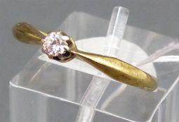 Damenring 14 kt. Gelbgold, 1 Brillant, ca. 0,07 ct. wesselton, si, ca. 2 g schwer, RM 53,