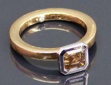"""Damenring 18 kt. Rot- und Weißgold, 1 Diamant, 1,54 ct., Asher Cut, brown, si, punziert """"Noor"""","""