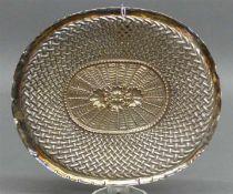 Silberschalekorbähnlich, durchbrochen, punziert, Augsburg, 137 g schwer, 22x19 cm,