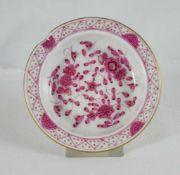 Meissen Aschenbecher Aschenbecher, Meissen, Schwertermarke 1. Wahl, indische Malerei in purpur,